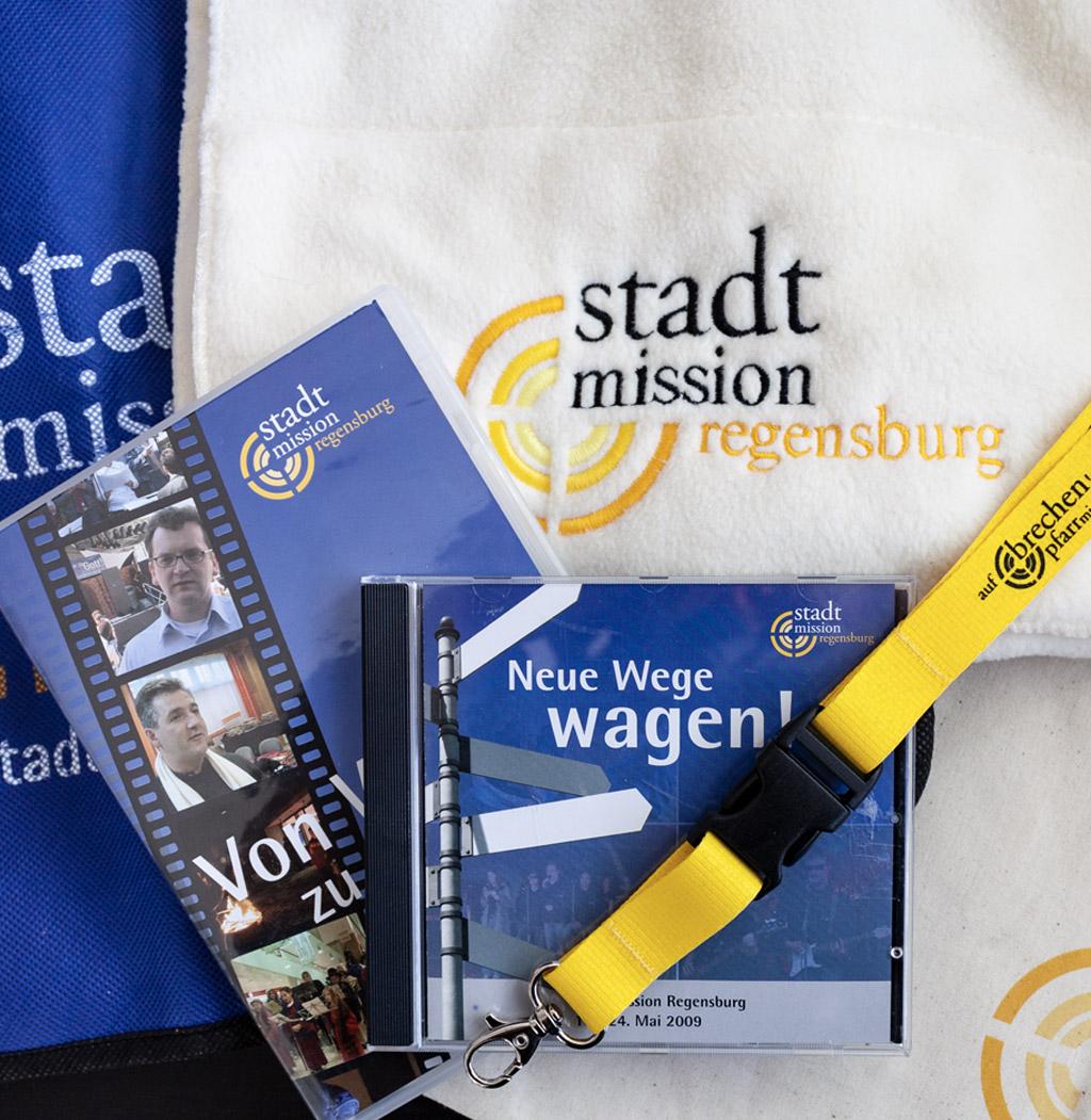 Taschen und digitale Medien