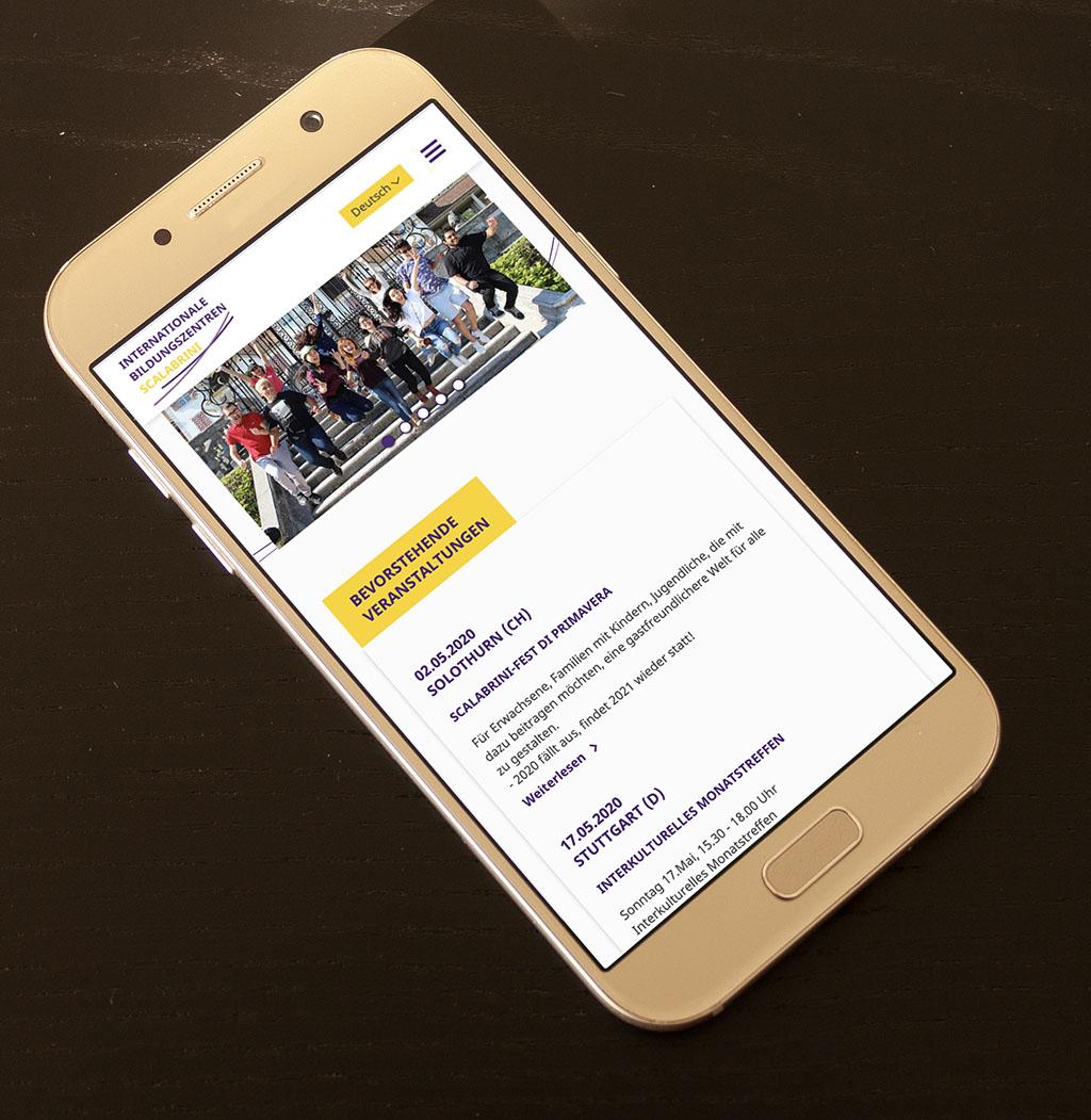 mobile Website responsiv auf Handy