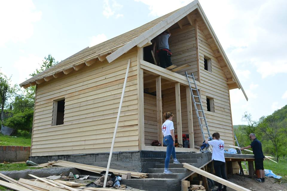 Der Hausbau schreitet voran.